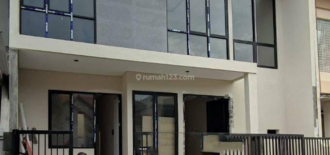 NEW Rumah Taman Puspa Raya Citraland Sby - BARU - Modern Minimalis - Siap Huni