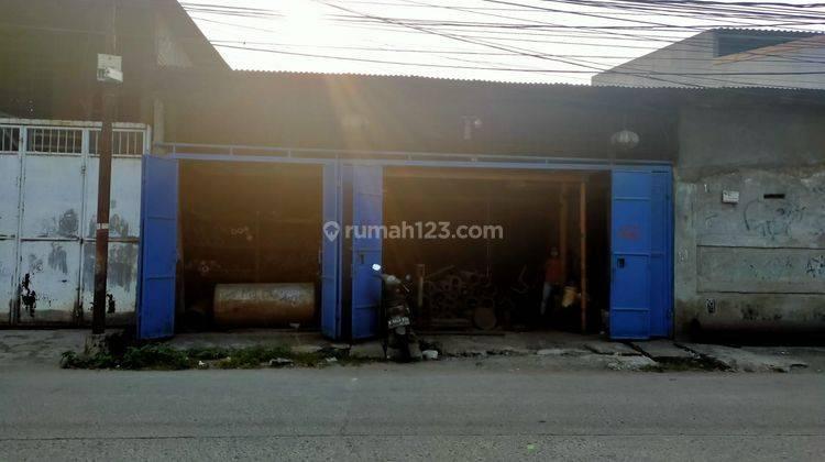 Ruang Usaha di Jalan Pesing Poglar - Jakarta Barat