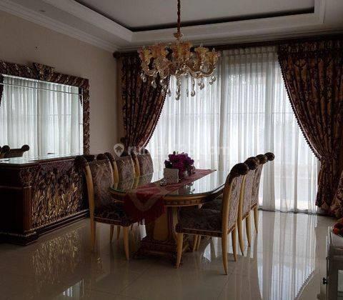 Rumah Mewah Ekslusif Di Cluster Emerald Mansion Dilengkapi Private Swimming Pool, Lippo Cikarang, Cikarang, Bekasi