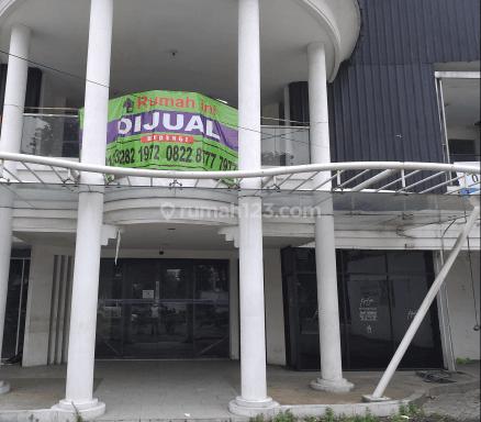Rumah Mewah di Raya Surabaya 14