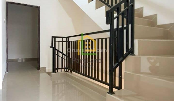 ANDRE TJHIA- 0819 9523 5999 Tanjung Duren Rumah Baru 3 Lantai Jln 1 Mobil, 4 kmrtidur 8