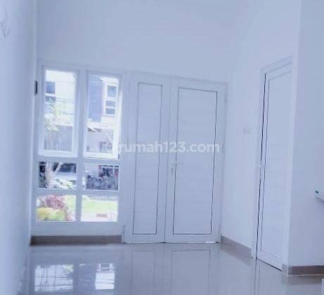 Rumah cantik minimalis dicibubur deket ke pintu tol Cibubur/tol Jatikarya citra grand 5