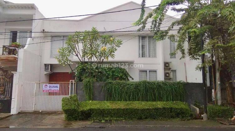 Rumah Bagus di Rajawali Bintaro Sektor 9  jalan depan sangat lebar