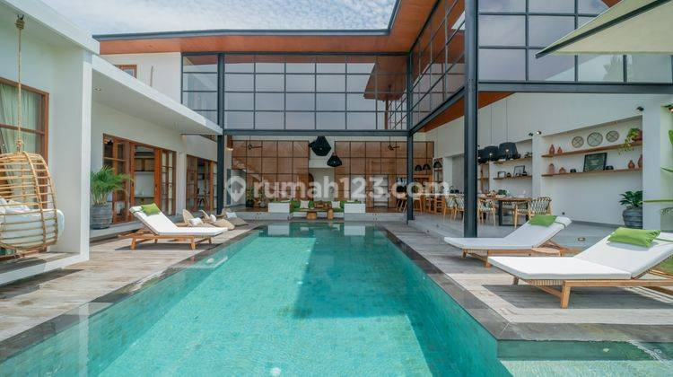 FIVE BEDROOMS VILLA IN PERERENAN WITH PRICE USD 580,000 1