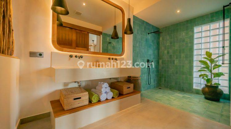 FIVE BEDROOMS VILLA IN PERERENAN WITH PRICE USD 580,000 11