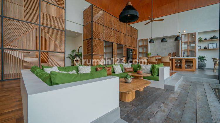 FIVE BEDROOMS VILLA IN PERERENAN WITH PRICE USD 580,000 4