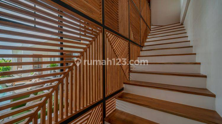 FIVE BEDROOMS VILLA IN PERERENAN WITH PRICE USD 580,000 12