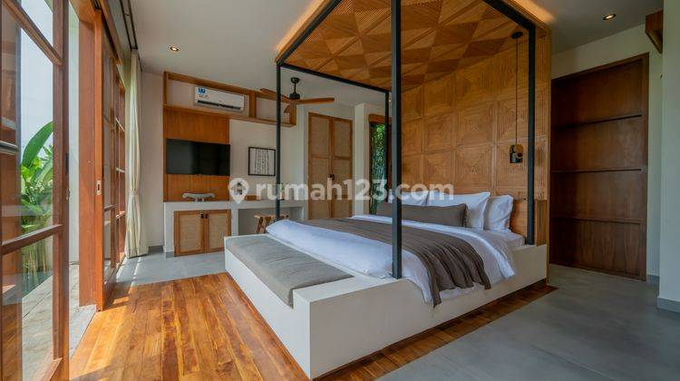 FIVE BEDROOMS VILLA IN PERERENAN WITH PRICE USD 580,000 5
