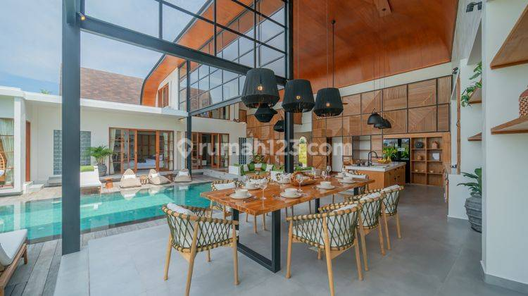 FIVE BEDROOMS VILLA IN PERERENAN WITH PRICE USD 580,000 20