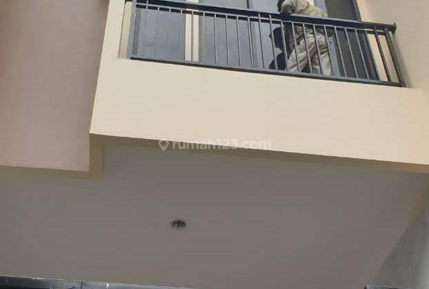 IP2209: Rumah Baru Cantik Tanjung Duren