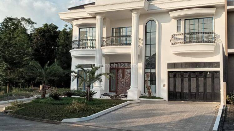 Rumah Elegan, Mewah & Best Quality Cluster Sierra Madre Sentul City, Bogor 1