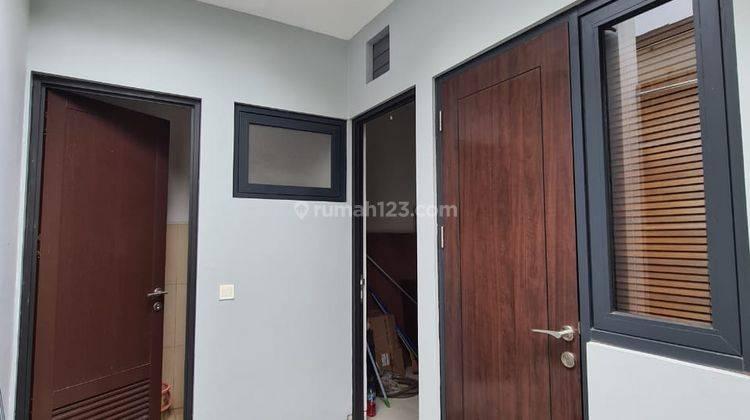Rumah Mewah 2 Lantai di Kota Wisata Hanya 2 Menit ke Toll Gate Cimanggis Cibitung 10