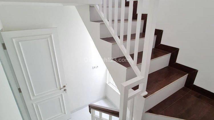 Rumah 2,5 Lantai Kualitas Premium Bisa Custom Denah Rumah Strategis di Gedong, Pasar Rebo, Jaktim 4