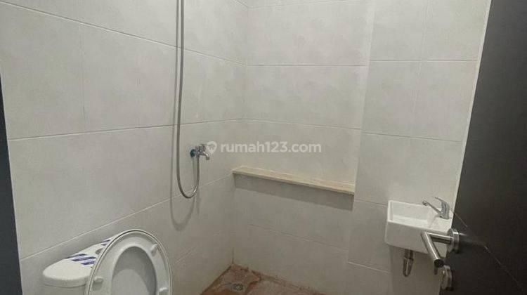 CHANDRA*rumah baru 3 lantai akses lega jalan lebar tanjung duren 11