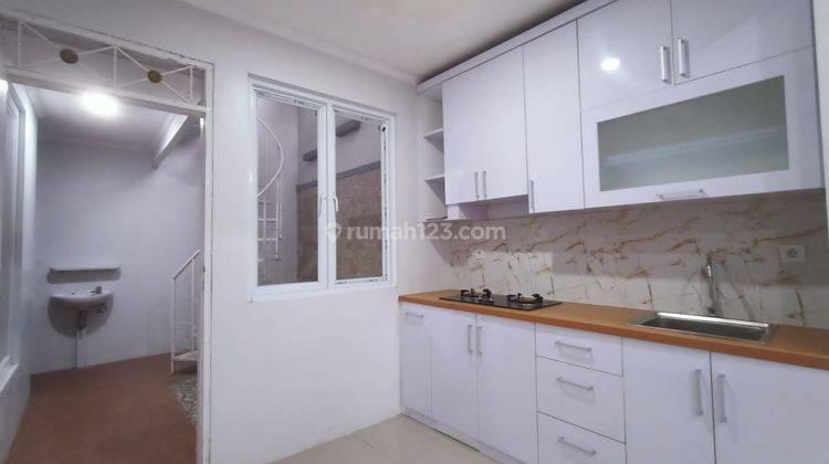 Rumah Minimalis Include Kitchen Set di Sentul City 14