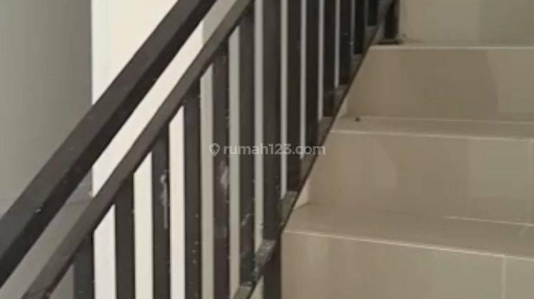 Rumah Minimalis 2 Lantai Murah JatiAsih Bekasi Dekat Tol 6