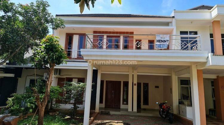 Rumah 2 Lantai Depan Taman di Cluster Lemonade Grand Wisata Bekasi