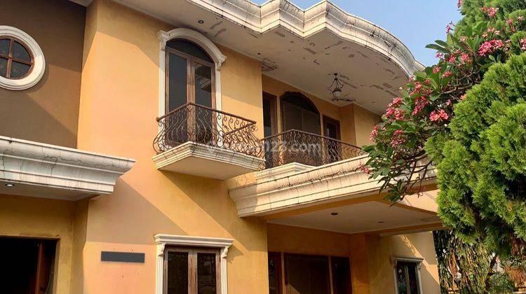 Murah Rumah Di Kavling DKI Jakarta Barat, 6BR+1 (LT: 500 m2 LB: 430 m2), Posisi Hook, Only 6,5m, Kav DKI, Jakarta Barat