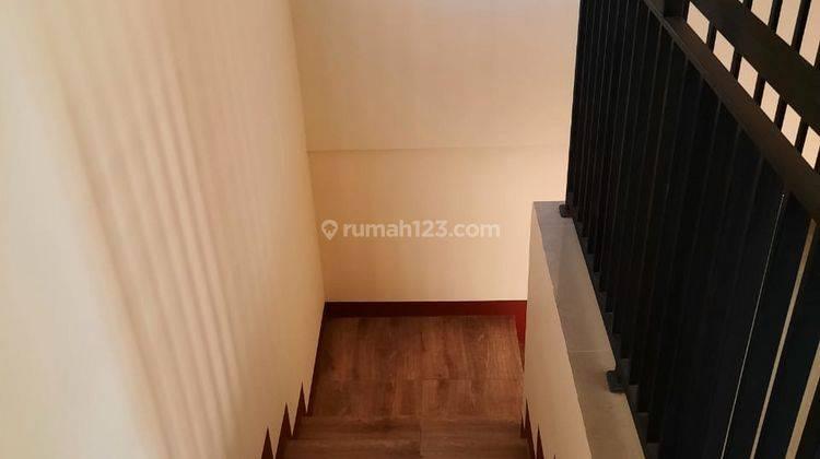 Hunian 2 Lantai yg Low Budget 10 Meter dari Jl. Raya Kalimulya 9