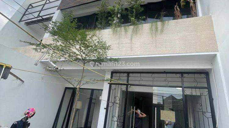 CHANDRA*ruko baru 3 lantai bangunan bagus bisa kantor jlan lega tomang 7