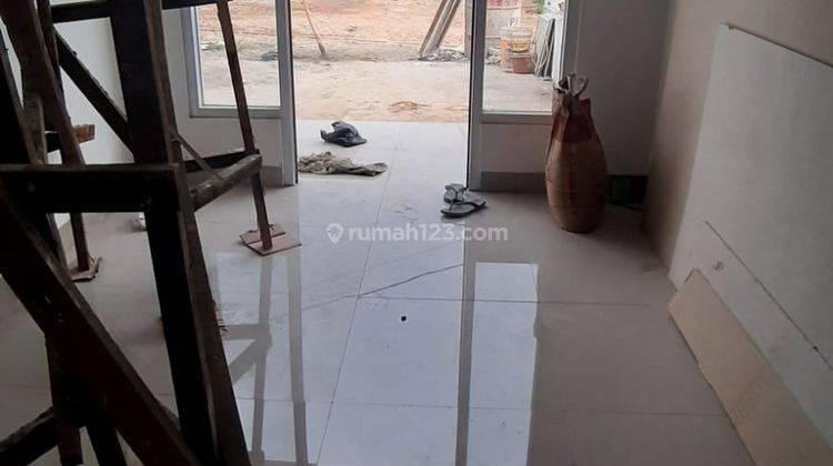 Rumah Siap Huni di Dalam Cluster Dekat LRT Cibubur 3