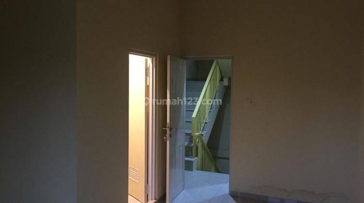CHANDRA*rumah baru 4 lantai uk 3.5x10m bebas banjir lokasi jelambar 4
