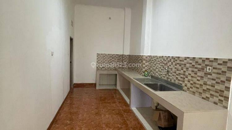 CHANDRA*rumah full renov 2 lantai lokasi bagus di jalan besar jelambar 13