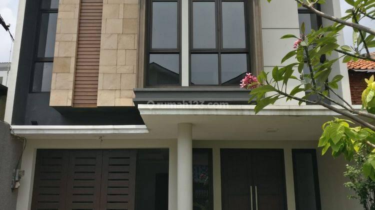 Rumah Brand New di Kebon Jeruk