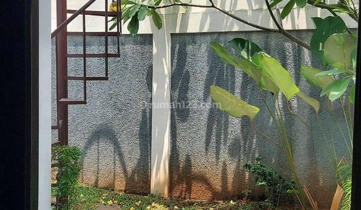Rumah baru cluster ada kolam Renang Fasum. Akses 1 Km ke jalan  Tol andara 16